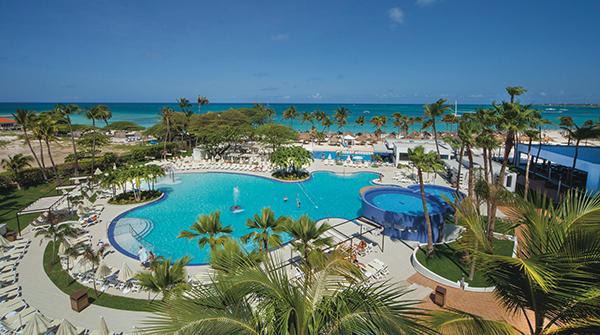 Image: Riu Palace Antillas pool